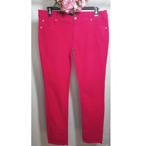 A.n.a A New Approach Jeans Size 32/14
